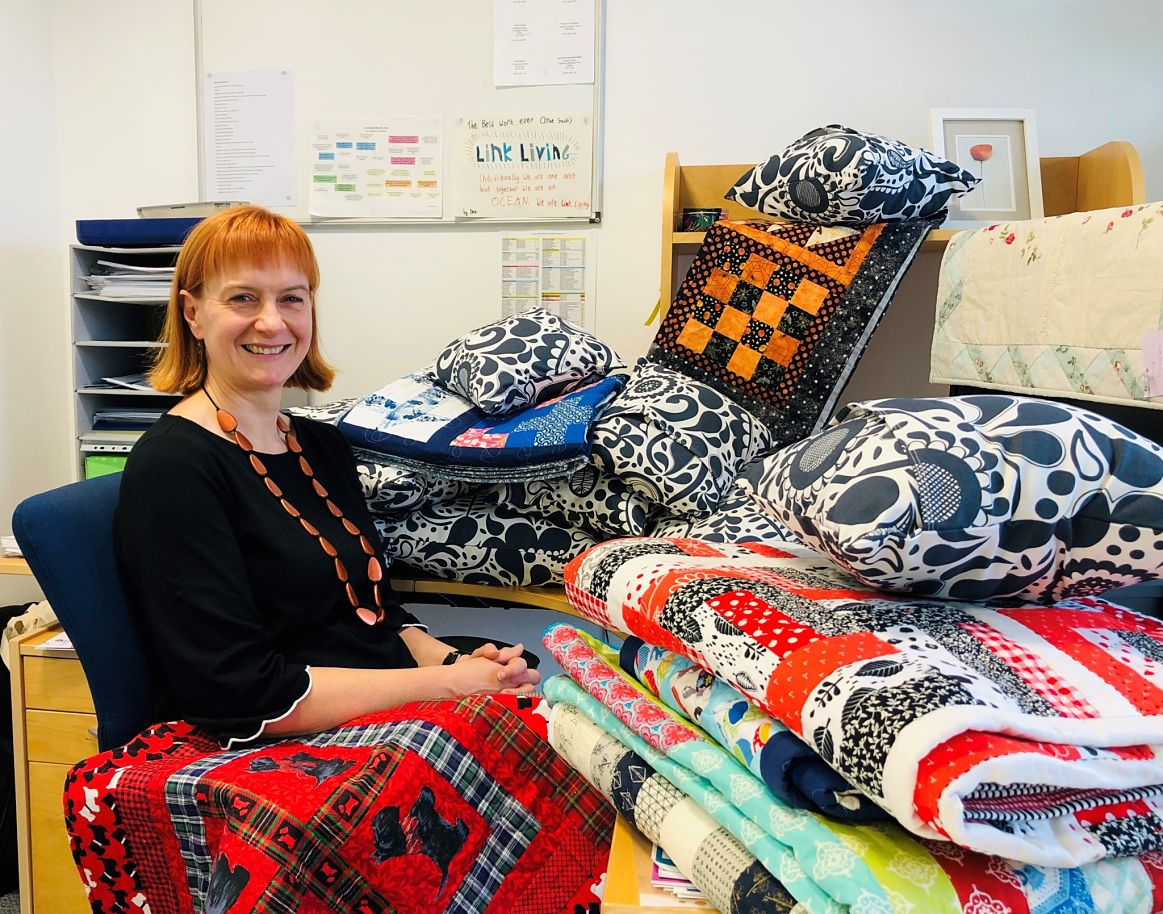 Quilts Make Homes calls on Scottish quilters image